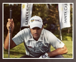 Viña Santa Carolina, the official sponsor of golf player Benjamín Alvarado